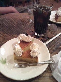 クロースドカフェ ケーキ.jpg