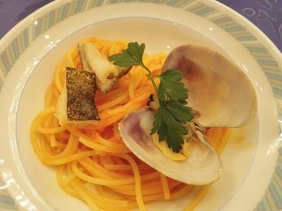 ウツボとあさりのトマトソーススパゲティ.jpg